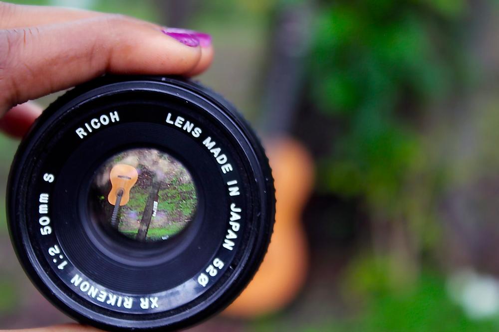 Lens2CL