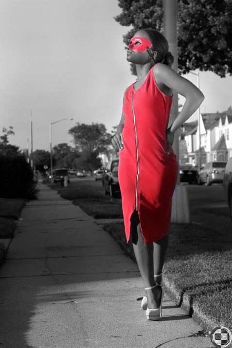 LadyInRed_9247_BW_W_Color